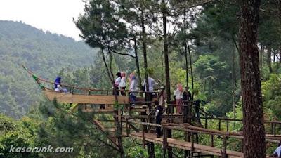 rumah pohon panorama pabangbon, leuwiliang, bogor