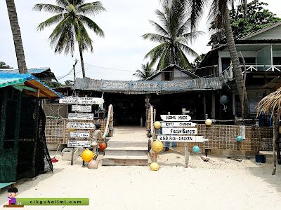 Antara kedai makan yang ada di Pulau Perhentian