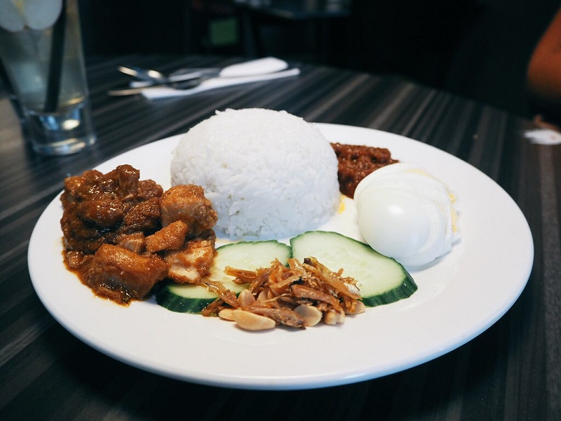Nasi lemak with chicken at Selera Malaysia Bistro