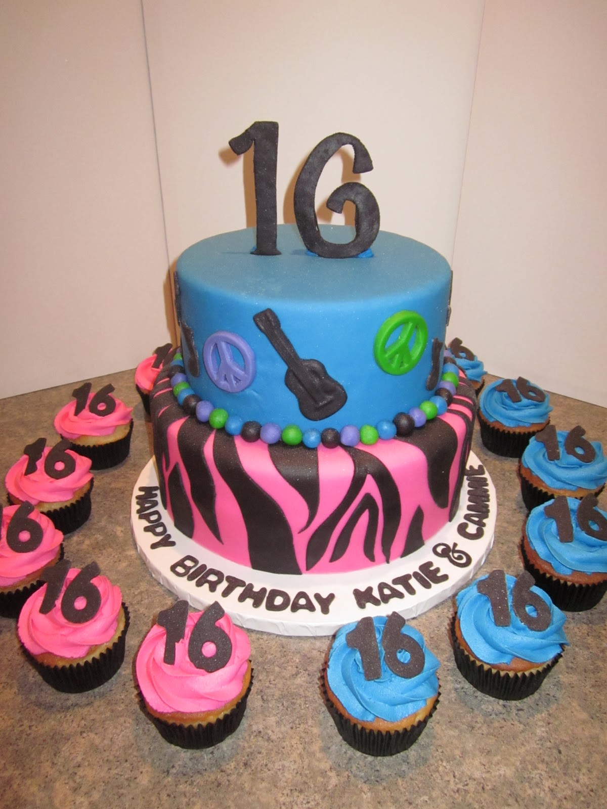 My cakes and treats: Teen B-day Cakes