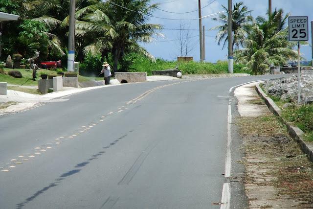 guam-road グアムの道