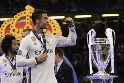 Diritti tv: Sky si aggiudica la Champions League dal 2018