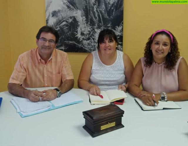 Representantes del Queso Palmero se reúnen con el consejero de Ganadería del Cabildo de La Palma