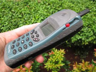 Ericsson jadul R250 paus langka