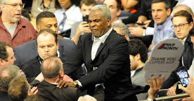 Former Knick Charles Oakley arrested after fighting, getting tossed out of Madison Square Garden