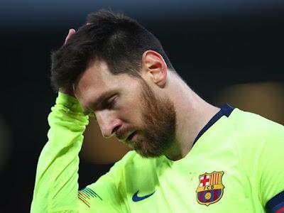 كيف علقت صحف إسبانيا على سقوط برشلونة التاريخي أمام ليفربول؟