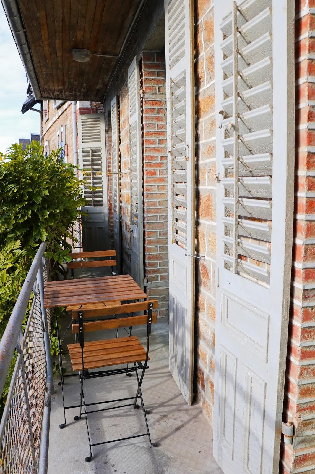 gite les madeleines carolles avis vacances normandie granville airbnb babymoon couple terrasse