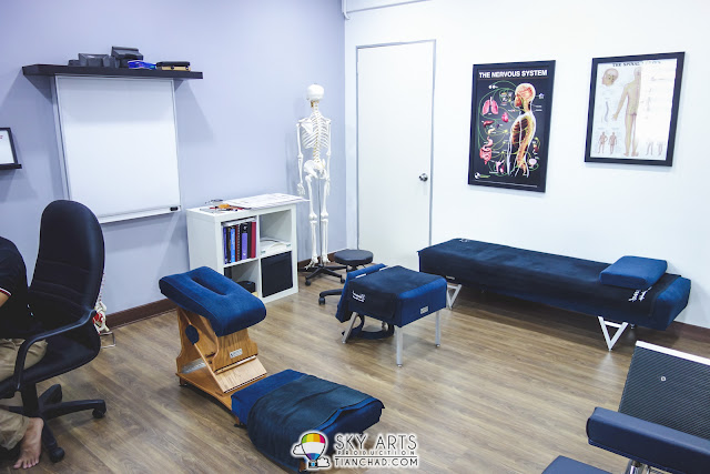 There are total four different chair/bed to cure your pain with Gonstead Treatment @ Discover Chiropractic SS2