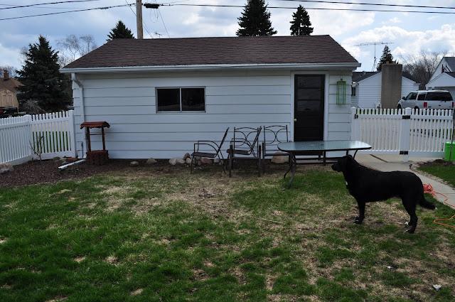 landscaping, mulch, planters, pots, edging, aerating, fertilizing, pergola, paver patio, brick