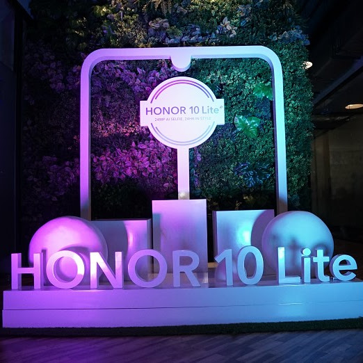 Tentang Kehadiran Smartphone Baru; Honor 10 Lite