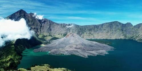 misteri dan fenomena gunung rinjani