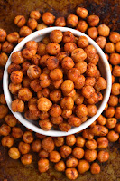 BBQ Roasted Chickpeas are a quick and delicious healthy snack or appetizer that tastes like your favorite salty, crunchy, tangy barbecue chips! www.nutritionistreviews.com