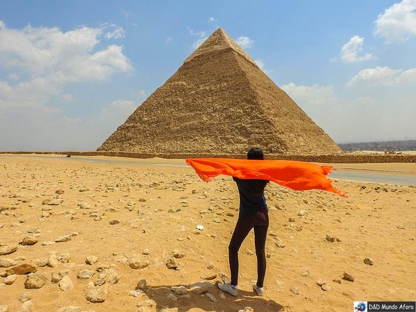 Pirâmide de Quéfren no Complexo de Gizé - Pirâmides do Egito