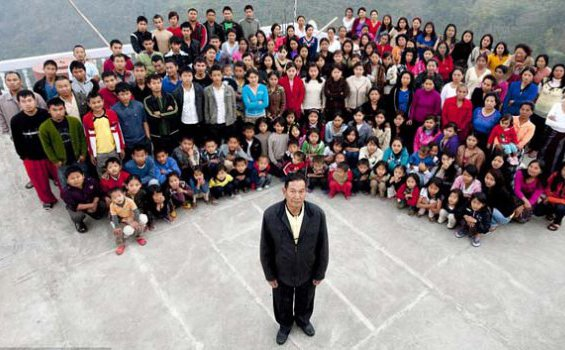 Ziona Chana Punya 39 Istri, 94 Anak, 14 Menantu, 33 Cucu