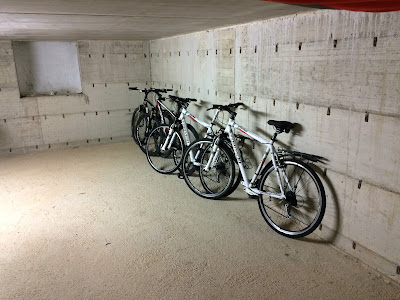 cycling tuscany carbon road bike rental san gimignano