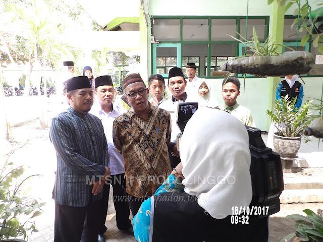 Selamat Datang Bapak Dr. H. A. Umar, MA di MTsN 1 Probolinggo