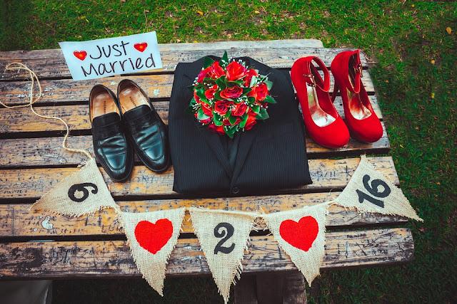 Preparativos de la boda. Boda en rojo - Trocitos de Boda.