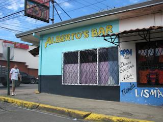 Alberto's Bar in Santiago de Puriscal