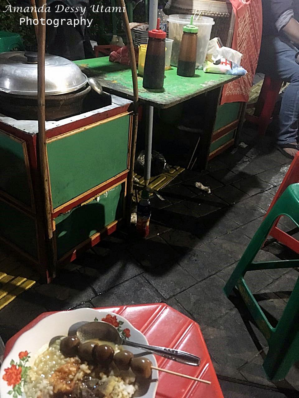 Food Traveling Amanda Gultik Blok M Murah Enak