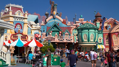Disneyland Park  Los Angeles.