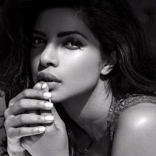hot pics of priyanka chopra