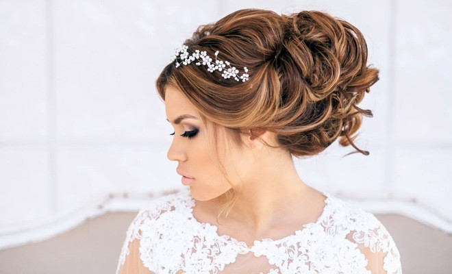 72 stunning wedding updo hairstyles hairstylo 72 stunning wedding updo hairstyles junglespirit Choice Image