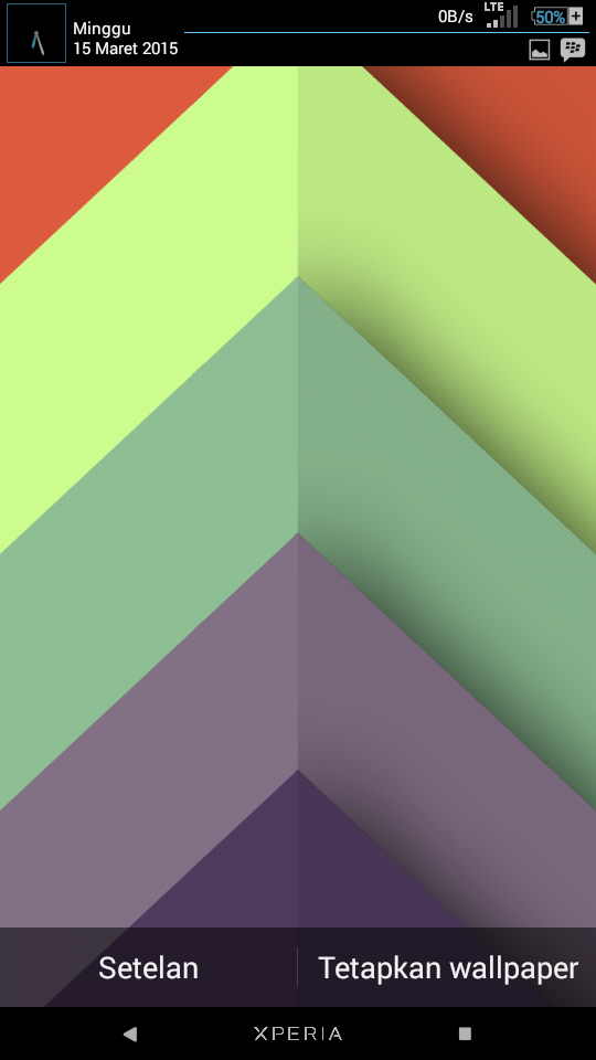 Chrooma Live Wallpaper Apk
