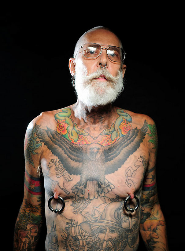 tattooed-elderly-people-21