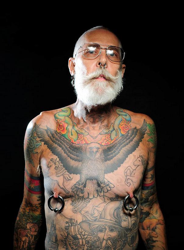 tattooed-elderly-people-21