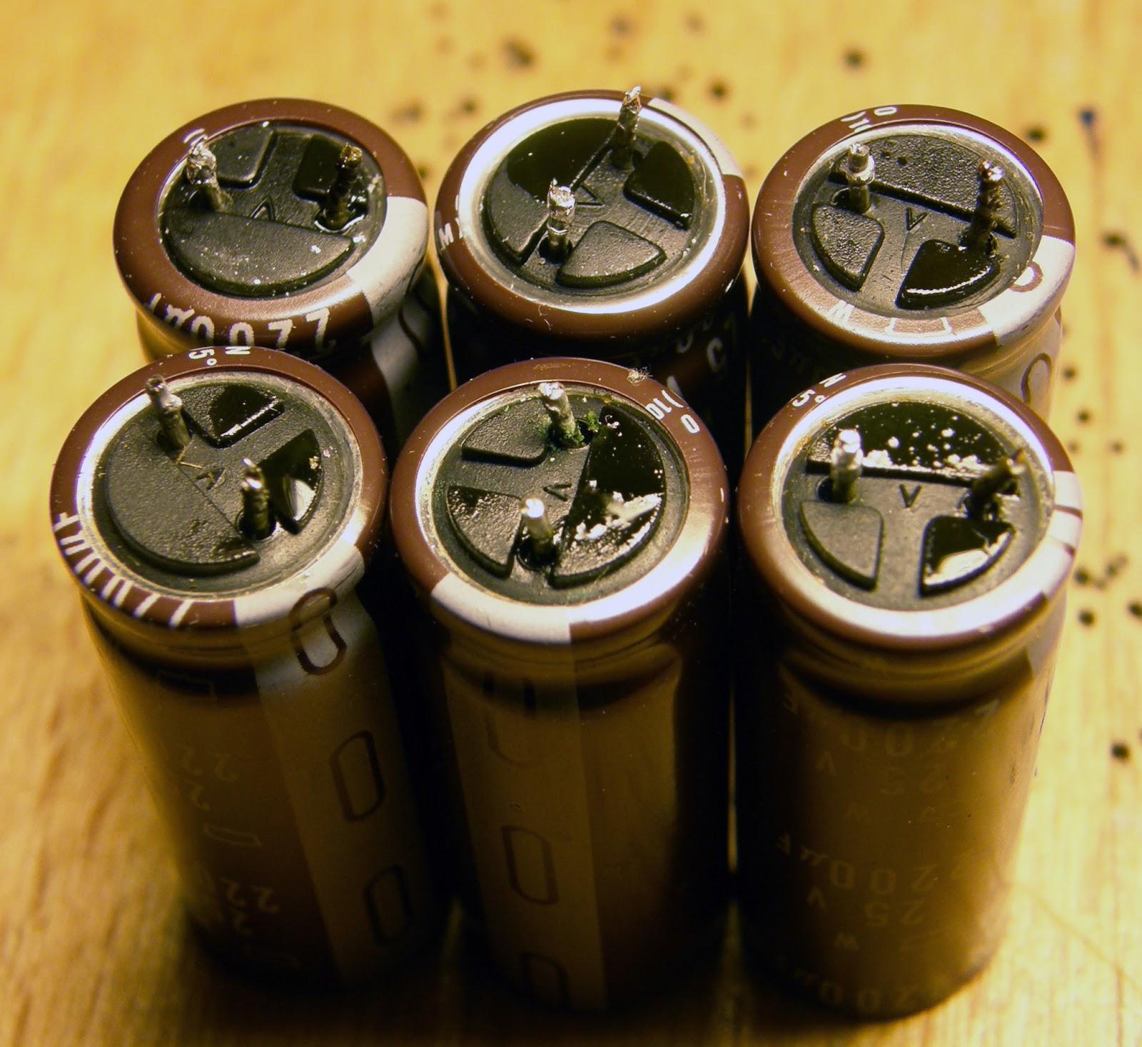 вытекшие конденсаторы фото хороший