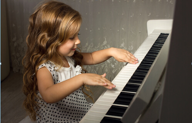 Advantages and disadvantages of a digital piano