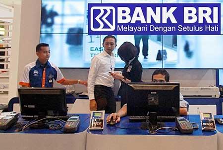 Tarik Tunai Saldo di Teller BRI Harus Ada Kartu ATM / Debit