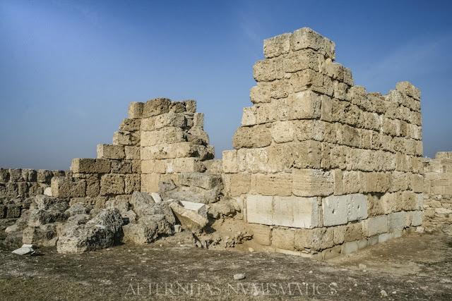 Torre de flanqueo de la Puerta Oriental