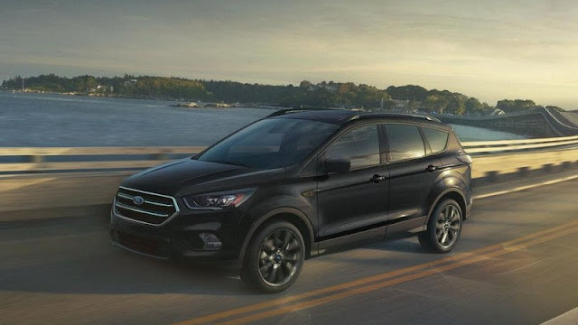 Who Should Buy Ford Escape? Major Pros And Cons