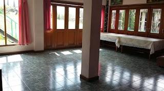 Tersedia tempat kumpul dan memasak lantai 1
