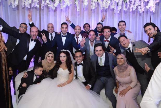 صور فرح اوس اوس نجم مسرح مصر وتعرف على مين هى زوجتة