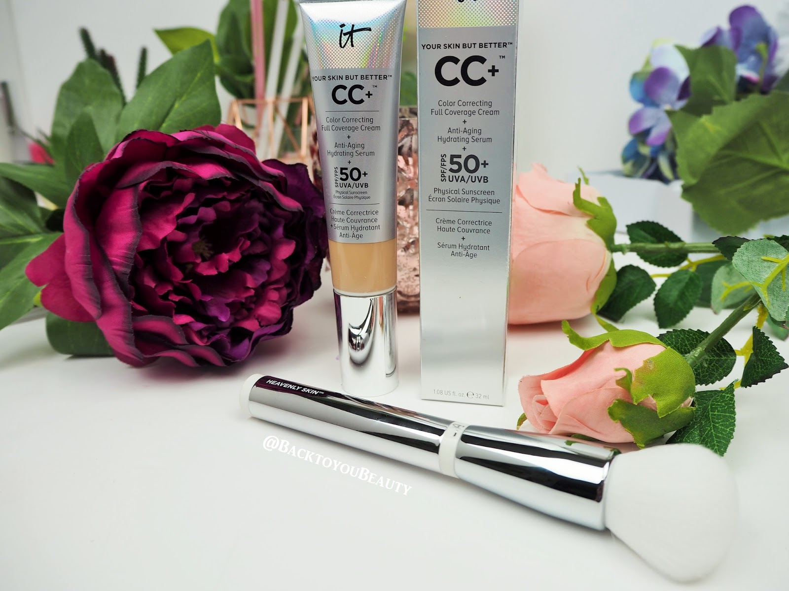 uk cosmetics Furless usa offers deluxe cruelty free professional makeup brushes, synthetic brush sets, and cosmetics fur-free, eco, vegan and naturally fabulous.