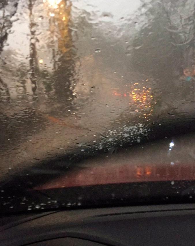 Granizada y lluvia afecta a la CDMX