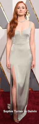 Sophie%2BTurner%2Bin%2BGalvin - Look Óscares 2016