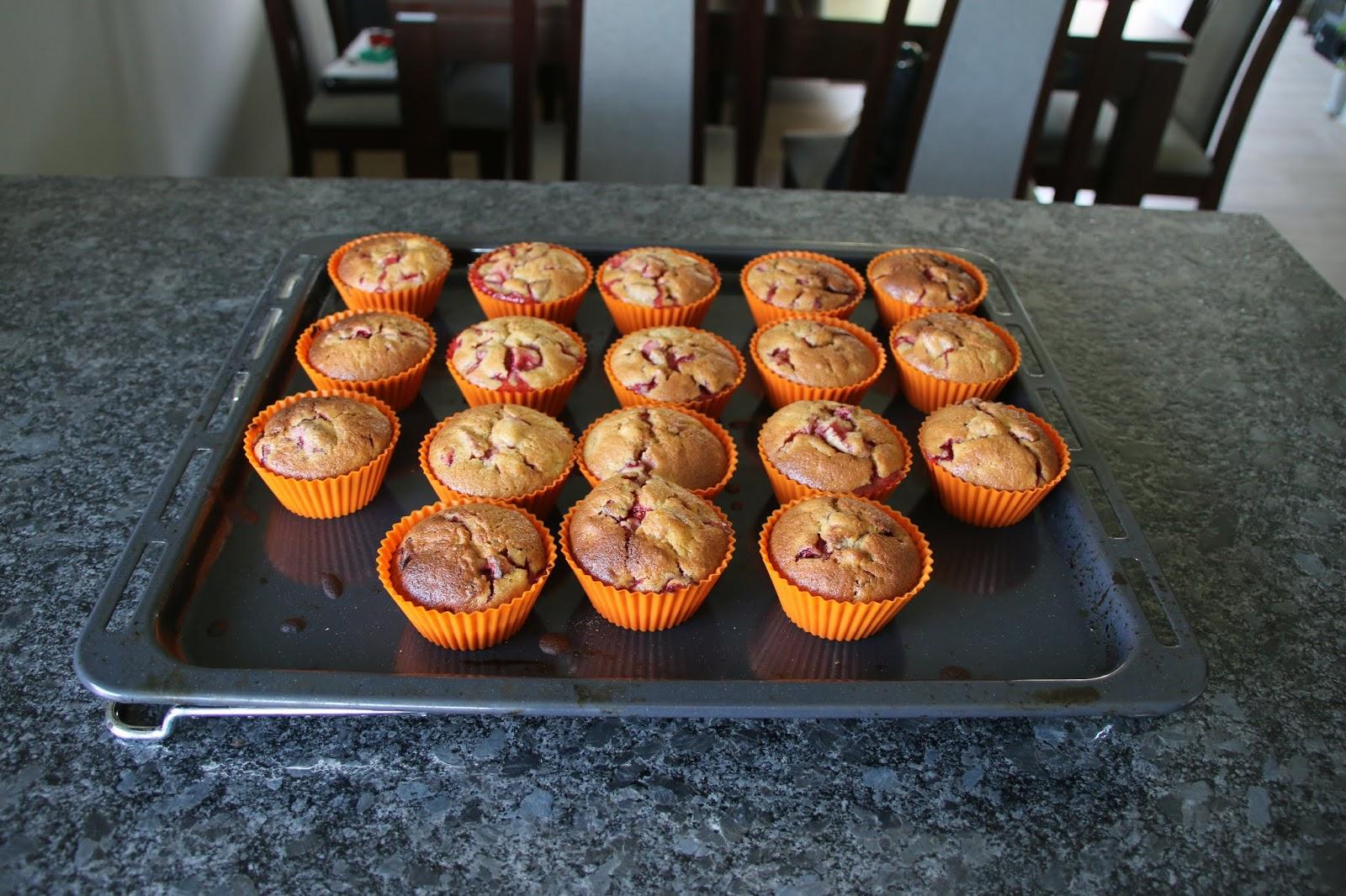 bezglutenowe muffinki z truskawkami