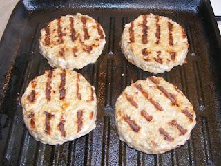 Hamburgeri la gratar retete culinare,