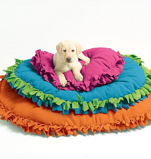 Image: McCall's Patterns M5410 Pet Beds, All Sizes - includes patterns and instructions for no-sew pet beds in three sizes