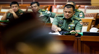 Waduh .. Panglima TNI Diminta Datang ke Gedung DPR Ada apa ya ? - Commando