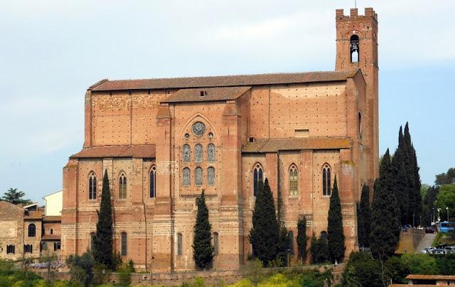 Basílica de São Domingos em Siena