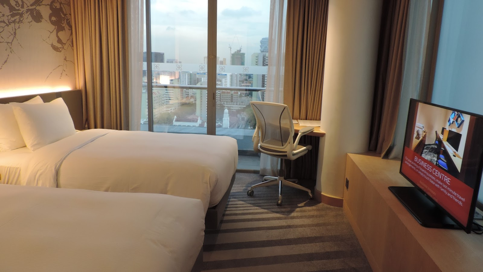 The Filipino Traveler: Review: Hilton Garden Inn Singapore Serangoon