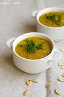 (zupa z pieczonej dyni i marchewki