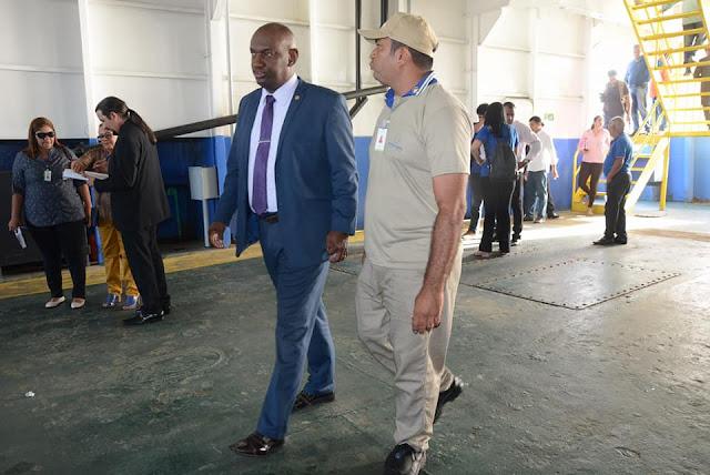 Deputado Cabo Campos vistoria ferry-boats e defende melhorias no sistema de transporte aquaviário