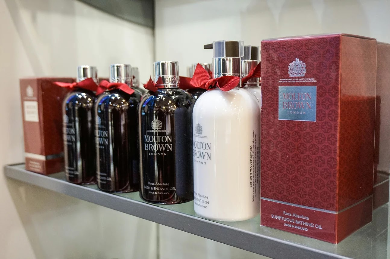 Molton Brown rose absolute collection