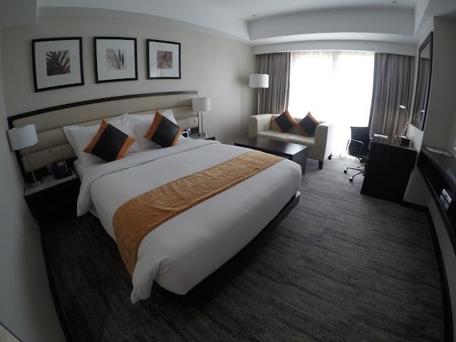 limketkai luxe hotel room