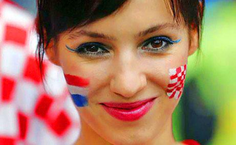 Gadis-gadis seksi di Euro 2012 (Updated!)